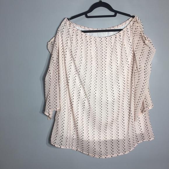 Beautiful romantic open off the shoulder blouse